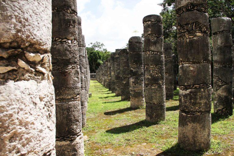 Chichen Itza Mille colonne Messico Maya_Tulipando