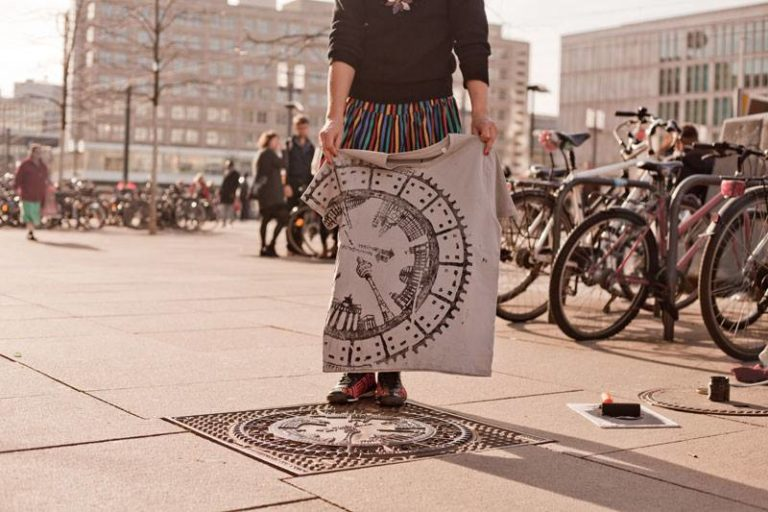 Manhole printing Raubdruckerin Berlin_Tulipando