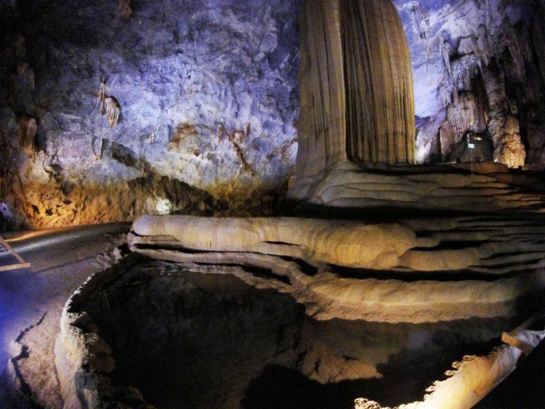 Dark Cave 2 Vietnam_Tulipando