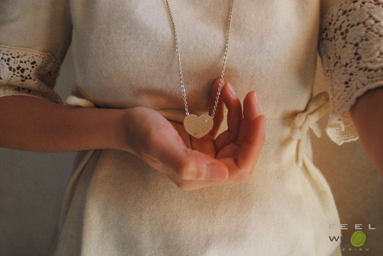 FeelWOODesign collana cuore gioielli in legno_Tulipando